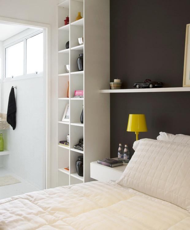 decoracao-quarto-casal-estante