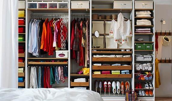 guarda-roupa-organizado